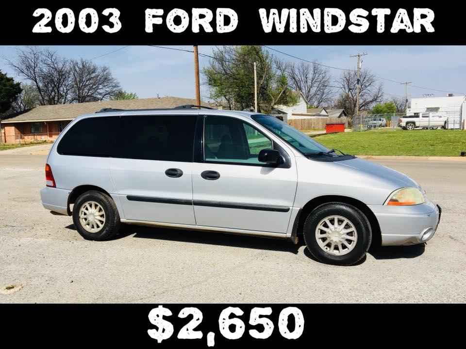 2003 Ford Windstar Minivan LX  $2,650